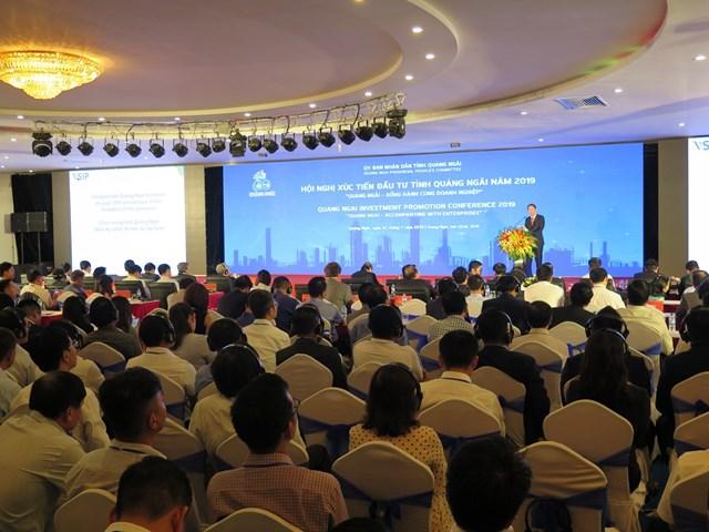 Thủ tướng chứng kiến dòng vốn đầu tư mới vào Quảng Ngãi - 1