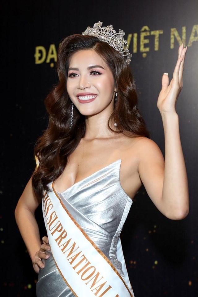 Người đẹp Minh Tú tham gia Hoa hậu Siêu quốc gia 2018