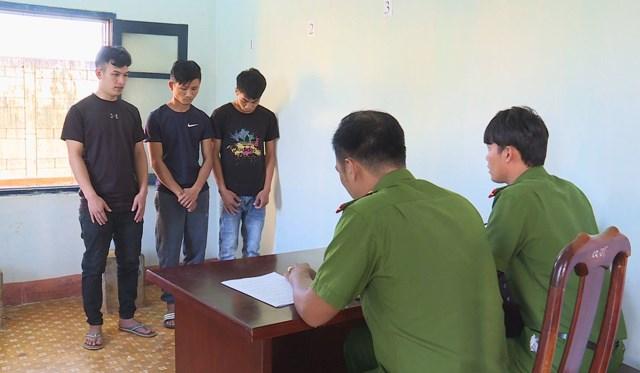 Đắk Lắk: Tạm giữ nhóm đối tượng thuê ô tô đi trộm cắp tài sản