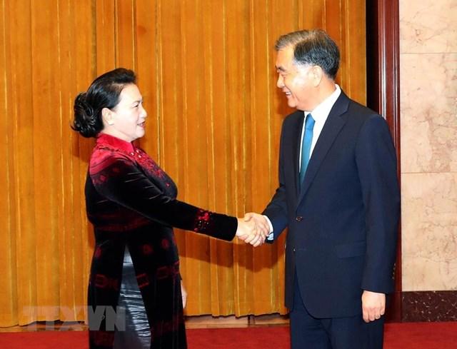 [ẢNH] Chủ tịch Quốc hội hội kiến với các nhà lãnh đạo Trung Quốc - 3
