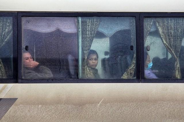 [ẢNH] Cuộc sống của người dân Hà Nội trong đợt rét đậm cuối năm