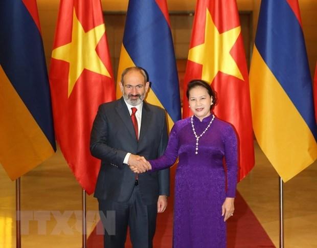 Chủ tịch Quốc hội Nguyễn Thị Kim Ngân hội kiến Thủ tướng Armenia