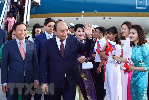 Thủ tướng tới Saint Petersburg bắt đầu thăm chính thức Liên bang Nga - 1