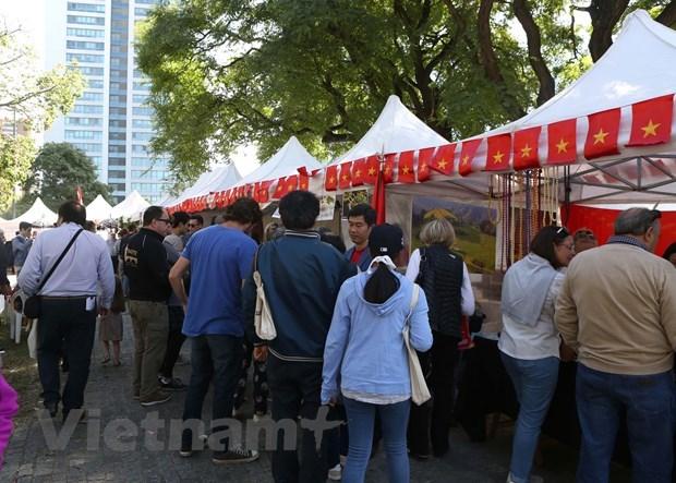 Ấn tượng văn hóa Việt tại Hội chợ ASEAN Bazar ở Argentina