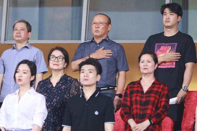 [ẢNH] Mãn nhãn với trận cầu tâm điểm Hà Nội FC – Hoàng Anh Gia Lai - 5