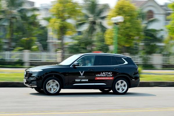 3 bài kiểm tra khắc nghiệt thể hiện giới hạn an toàn của VinFast Lux - 3