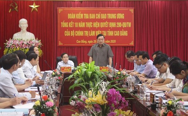 Gắn công tác dân vận với phát huy dân chủ ở cơ sở