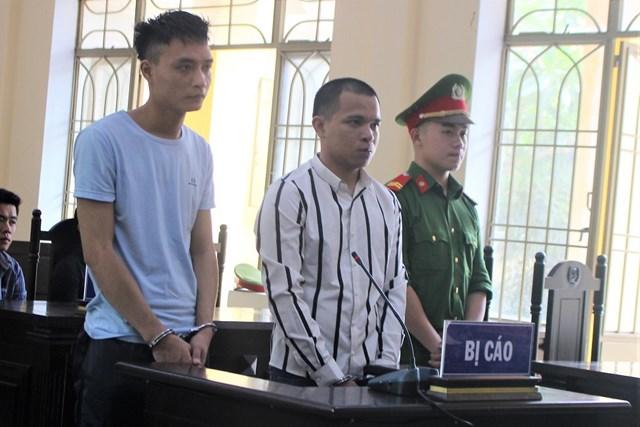 Dùng dao đâm chém người, hai thanh niên 'lãnh' 13 năm tù