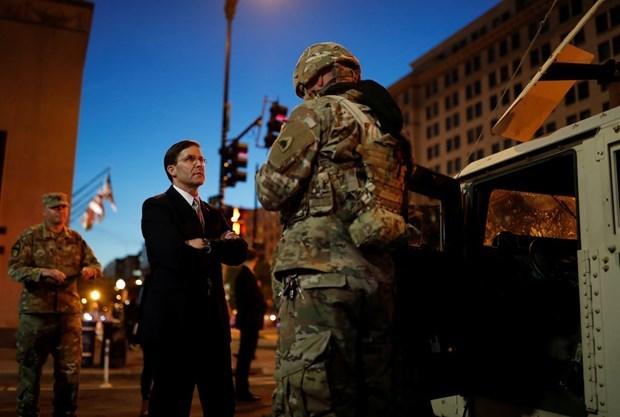 Tổng thống Trump có ý định cách chức Bộ trưởng Quốc phòng Esper