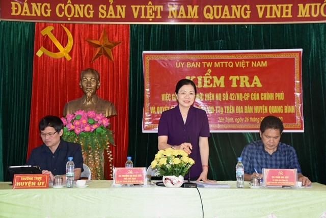 BẢN TIN MẶT TRẬN: Phó Chủ tịch Trương Thị Ngọc Ánh làm việc tại xã Tân Trịnh, huyện Quang Bình, tỉnh Hà Giang