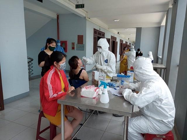 343 người từ Đài Loan về đều âm tính lần 1 với SARS- CoV-2