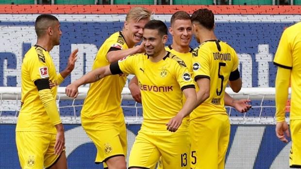 Kết quả Bundesliga: Bayern Munich thắng hủy diệt, tốp 4 thay đổi - 1