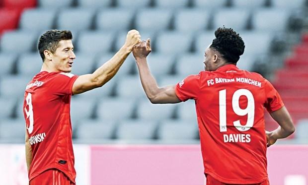 Bayern cận kề ngôi vương: Hansi đang đi con đường cho riêng mình - 1