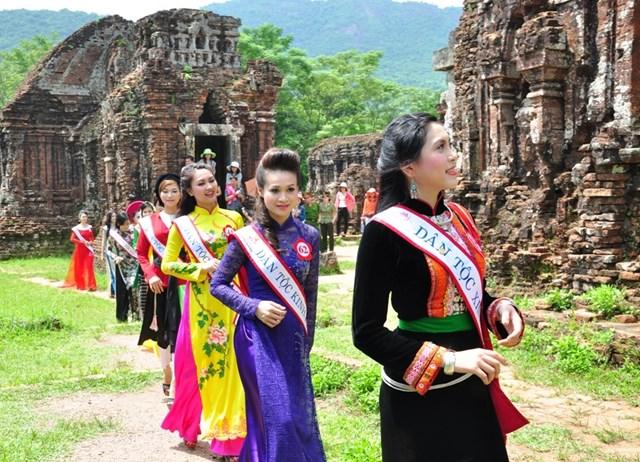 Quảng Nam: Phát hiện Linga, Yoni thế kỷ IX lớn nhất Việt Nam - 2
