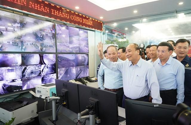 [ẢNH] Thủ tướng thăm công nhân mỏ Hà Lầm, Quảng Ninh - 2