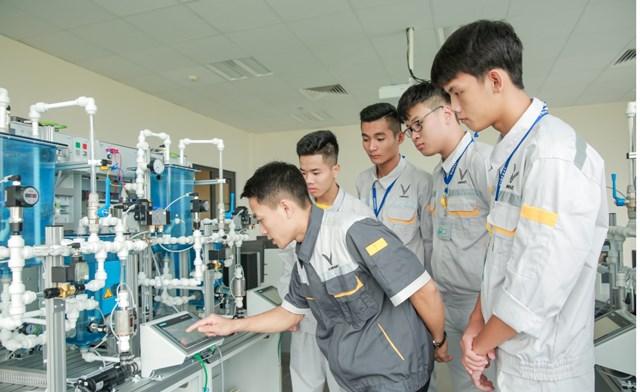 Lần đầu tiên người trẻ Việt có cơ hội học nghề theo 'chuẩn' thế giới