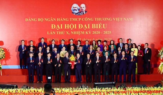 Trưởng ban Kinh tế Trung ương dự Đại hội Đảng bộ VietinBank lần thứ X - 1