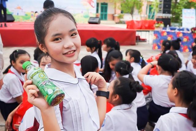 Tân Hiệp Phát mang niềm vui đến hàng trăm trẻ em nhân Ngày quốc tế thiếu nhi năm 2019 - 3