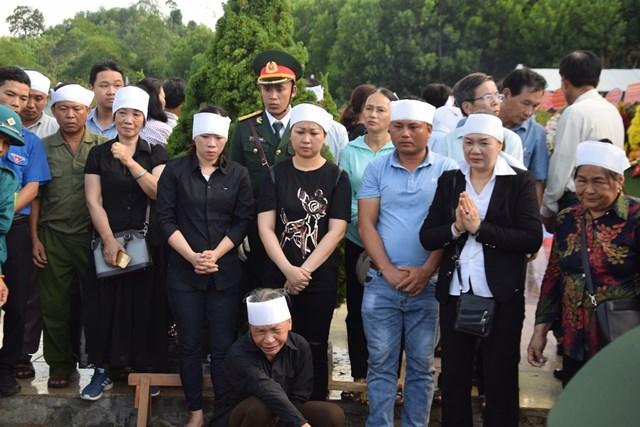 Quảng Nam: Tổ chức Lễ truy điệu và an táng hài cốt 17 liệt sỹ đặc công - 3