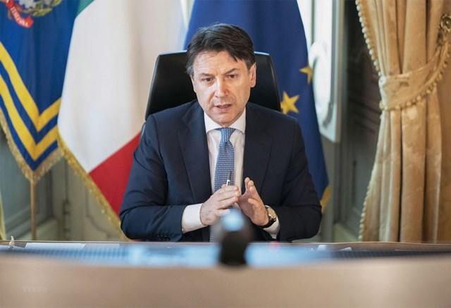 Thủ tướng Giuseppe Conte giành được sự ủng hộ cao của cử tri Italy