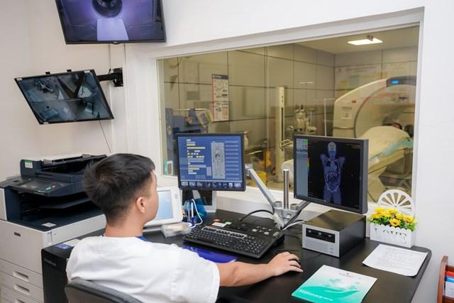 Bệnh viện Việt trong cuộc đua công nghệ - 2