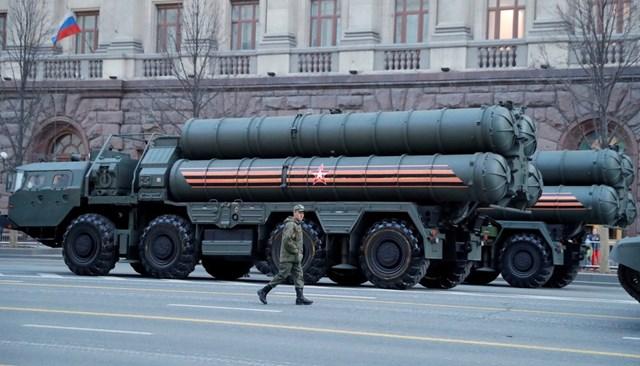 Nga - Mỹ tăng tốc chạy đua vũ trang