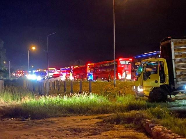 Vụ tai nạn làm kẹt xe kéo dài trên tuyến quốc lộ 1.