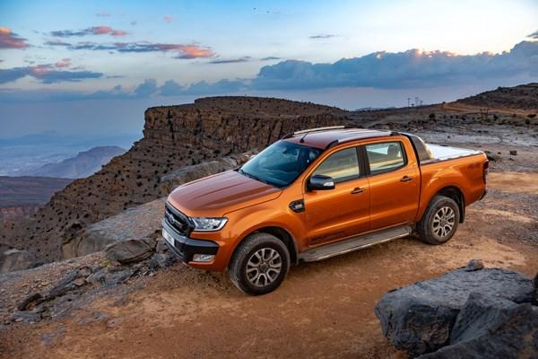 Bảy chi tiết 'nho nhỏ mà hữu dụng' của bán tải Ford - Ảnh 1