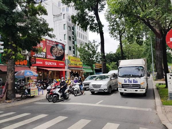 Giao thông ở đường Pasteur, Quận 3, TP HCM sáng 5/8/2020. Ảnh: Hồng Lĩnh.