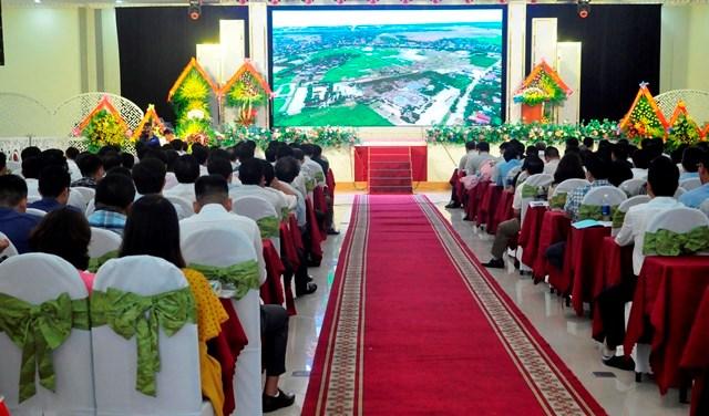 Quang cảnh hội nghị Đầu tư và phát triển Ba Đồn năm 2020.