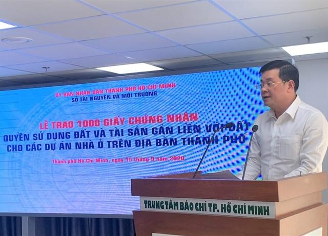 Ông Nguyễn Toàn Thắng, Giám đốc Sở Tài nguyên - Môi trường TP HCM phát biểu tại buổi lễ. (Ảnh: Hồng Phúc).