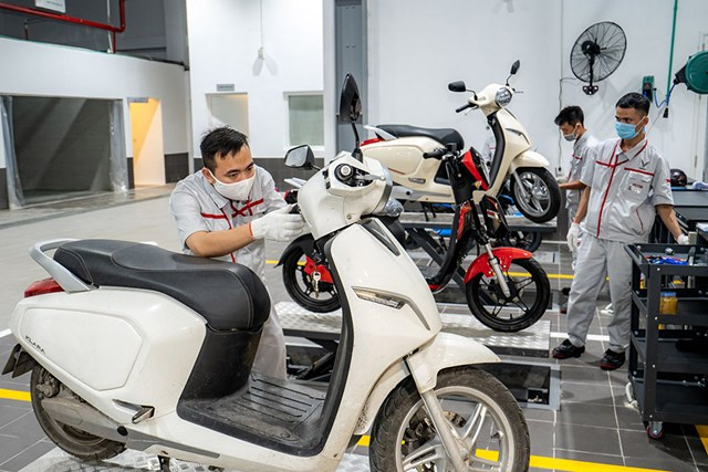 Cận cảnh showroom 3S lớn nhất Việt Nam của VinFast - Ảnh 5