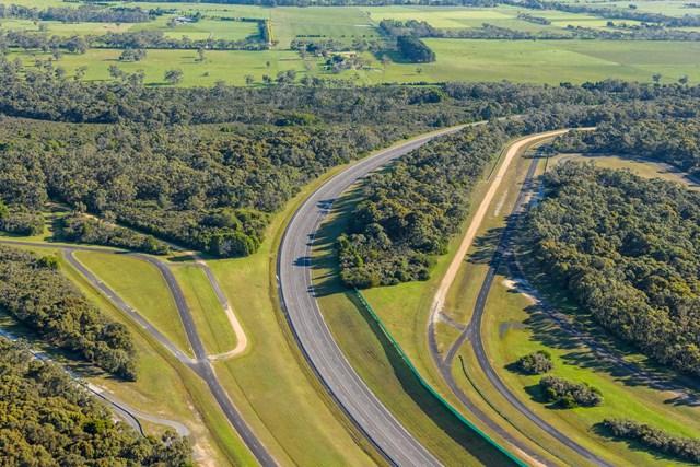 VinFast mua Trung tâm thử nghiệm xe của GM tại Australia - Ảnh 2