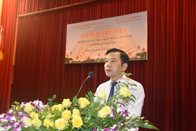 Ông Trương Đức Trí, Phó Cục trưởng Cục Biến đổi khí hậu Bộ Tài nguyên và Môi trường phát biểu tại Hội nghị. Ảnh: Trung Quân.