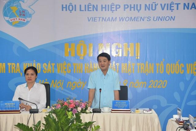 Phó Chủ tịch - Tổng Thư ký Hầu A Lềnh tại buổi làm việc với Trung ương Hội LHPN Việt Nam.