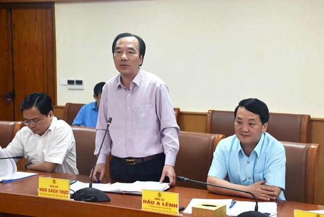 Phó Chủ tịch UBTƯ MTTQ Việt Nam Ngô Sách Thực phát biểu tại buổi làm việc.