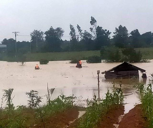 Khu vực anh T. bị đuối nước trong khi chèo thuyền đi trông coi hồ cá.