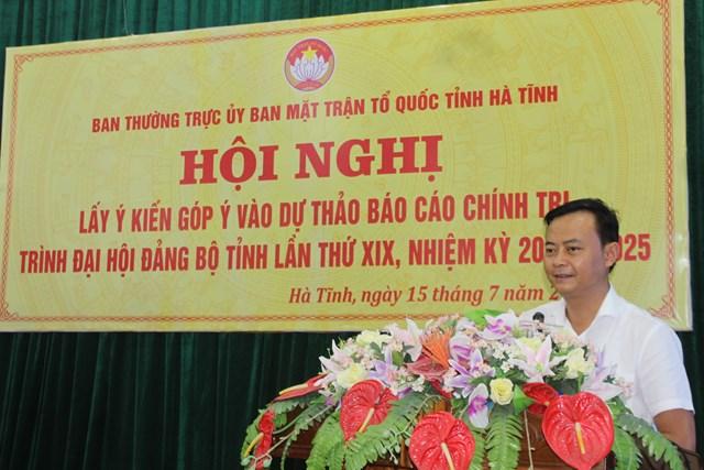 Ông Hà Văn Hùng, Chủ tịchỦy ban MTTQ tỉnh Hà Tĩnh phát biểu khai mạc hội nghị.