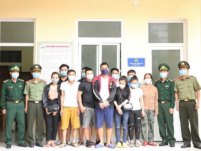 Kiểm tra tại các khách sạn gần Cửa khẩu Lao Bảo phát hiện 16 đối tượng đang chờ để được đưa đi sang Lào.