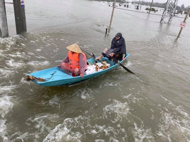 MTTQ Hà Tĩnhđãđiều phối khoảng 30đoàn trực tiếp về vùng lũ cứu trợ trực tiếp.