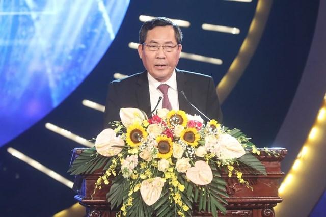 Ủy viên Trung ương Đảng, Tổng Biên tập Báo Nhân dân, Phó Trưởng ban Tuyên giáo Trung ương, Chủ tịch Hội Nhà báo Việt Nam - Thuận Hữu phát biểu tại Lễ trao giải.