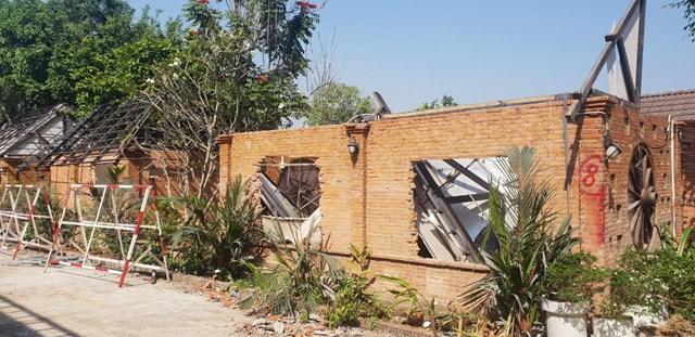 Tháo dỡ khu vực Gia Trang quán.