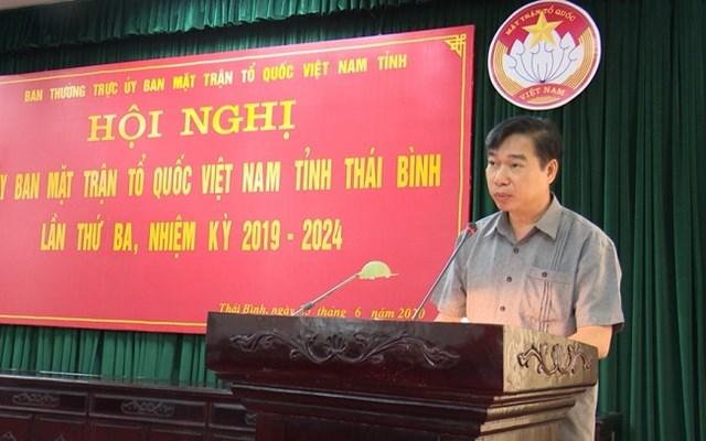 Ông Nguyễn Văn Giang, Chủ tịch Ủy ban MTTQ Việt Nam tỉnh Thái Bình phát biểu tại hội nghị.