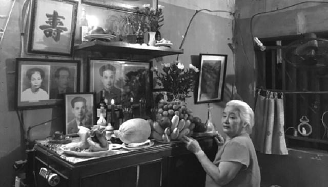 Bà Phan Hồng Mai - vợ nhà văn Sơn Tùng.