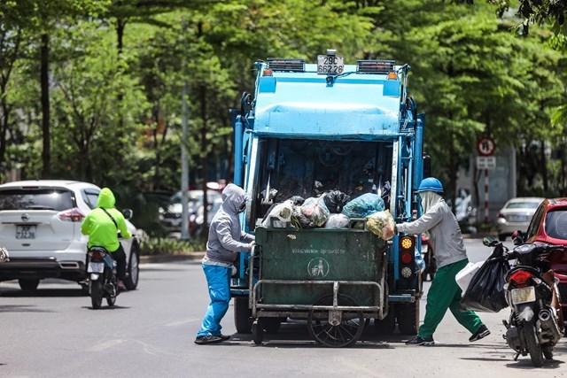 Những người làm sạch đường phố.
