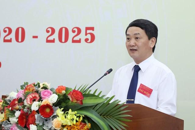 Phó Chủ tịch - Tổng Thư ký Hầu A Lềnh phát biểu khai mạc Đại hội. Ảnh: Quang Vinh.