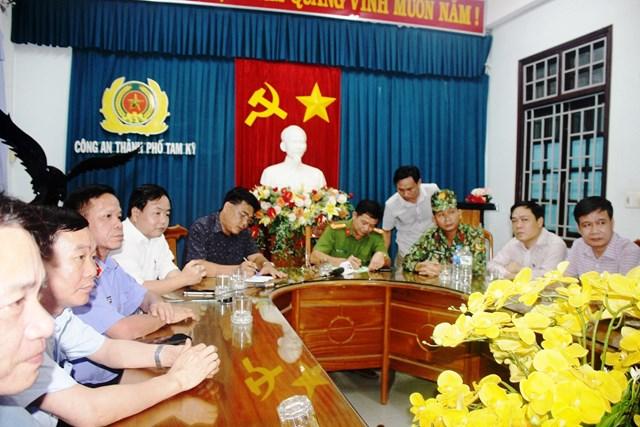 Quang cảnh họp báo vụ bắt đối tượng Triệu Quân Sự.