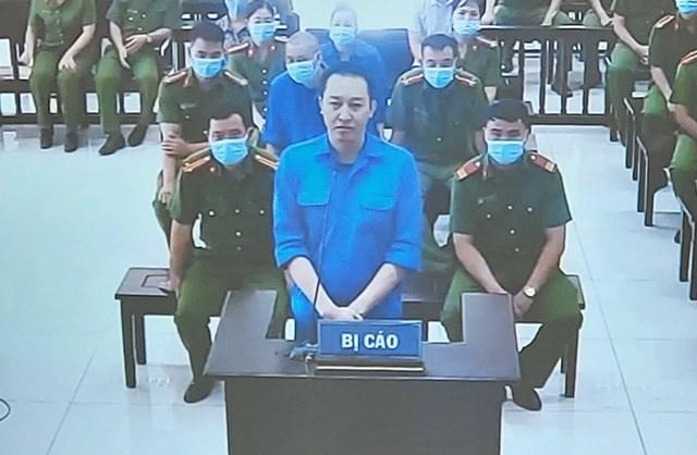 Phạm Văn Hiệp tại tòa