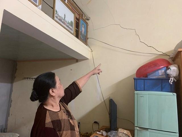 Cựu Thanh niên xung phong Nguyễn Thị Quế bất an vì nhà ở không còn an toàn