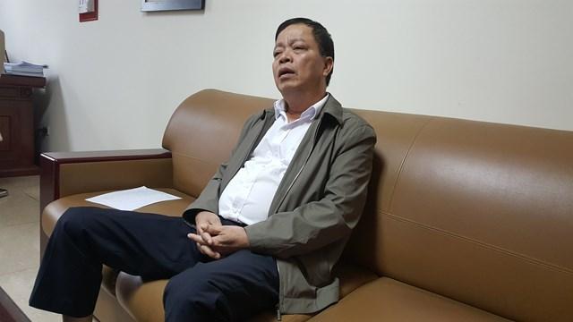 Ông Trịnh Tiến Dũng khi thông tin với PV.